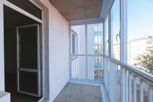 Продам 2-комнатную - ковалевская, 60 кв.м. на 17 этаже 17-эт.
