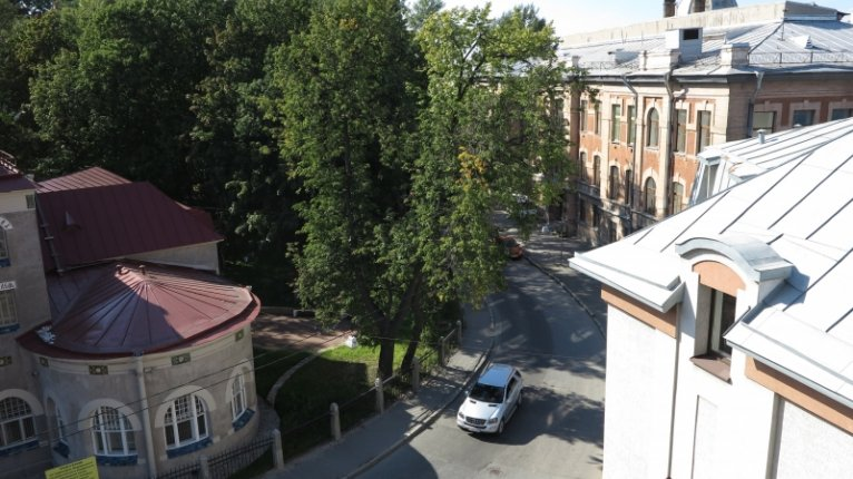 Avenue-Apart («Авеню-Апарт»): Вид из окон