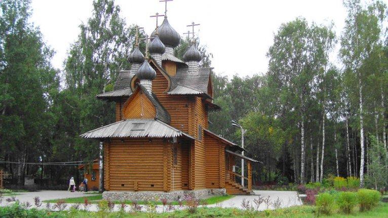 «Отражение»: Храм Сергия Радонежского находится в пяти минутах ходьбы от дома
