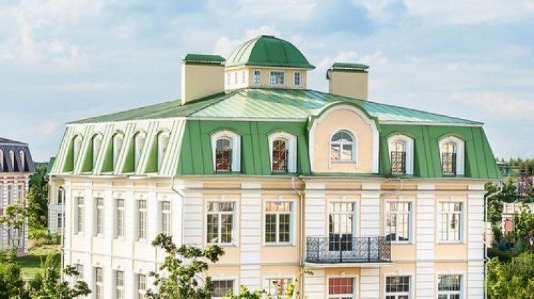 «Северный Версаль»:
