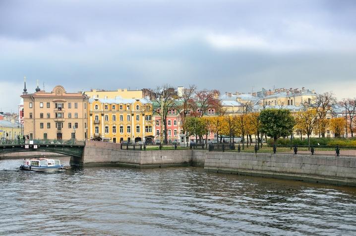 Как выбрать лучший район Петербурга? Фото: irinabal18 - Fotolia.com