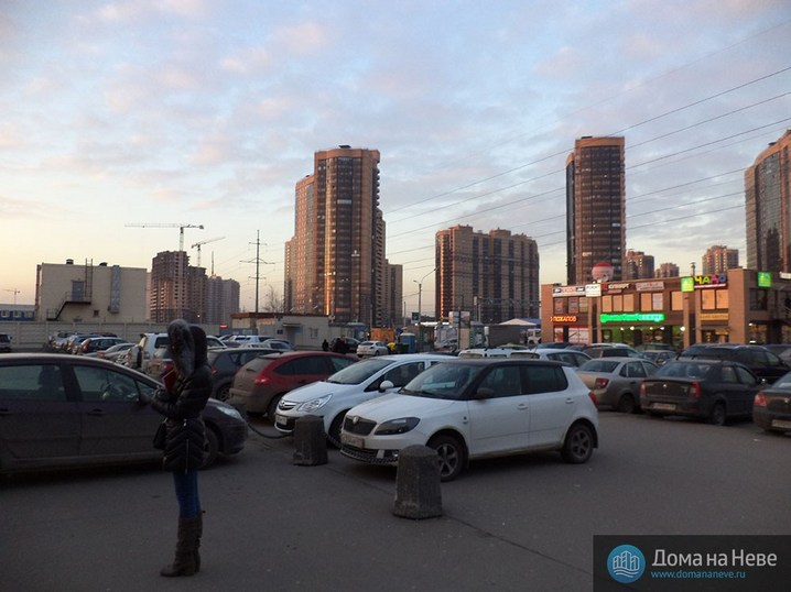 Район метро «Парнас»